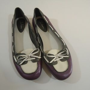Cole Haan Nike air leather flats size 7.5 euc